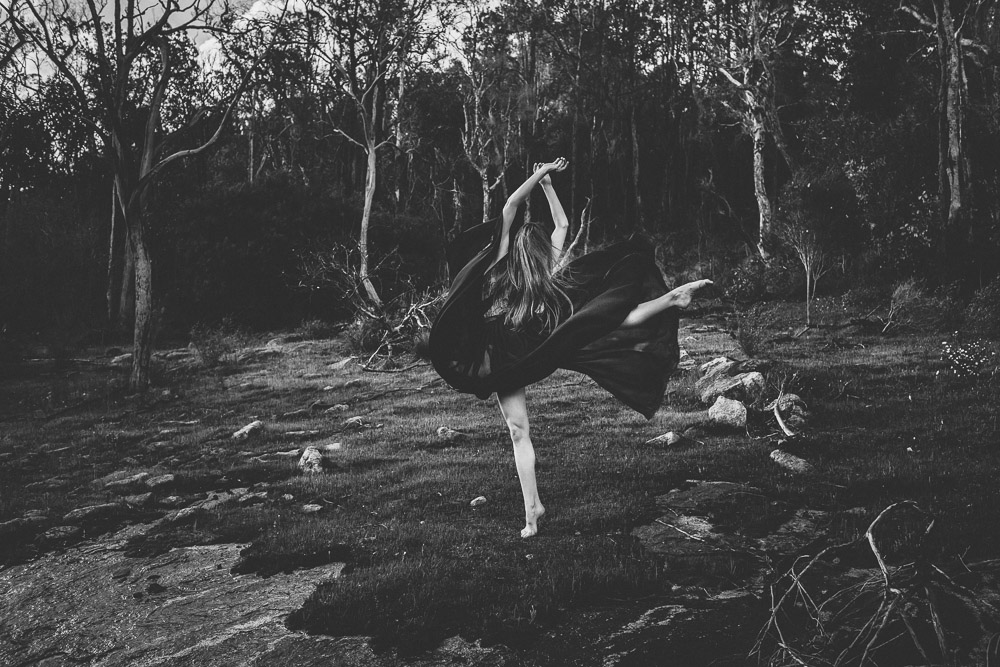 ballet-dancer-australia-nature-bush-photography-1-2