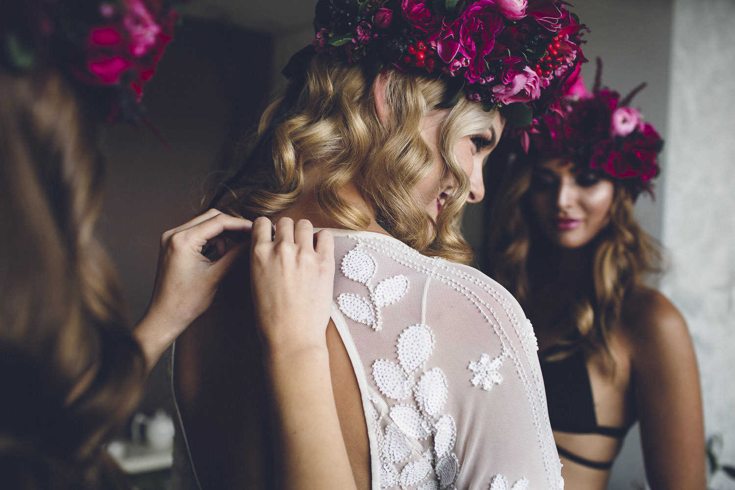 weareallstardust_perth_bridesmaids_style_decadent_preparation-32
