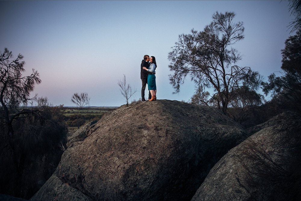 perth-country-farm-portraits-natural-candid-engagement212
