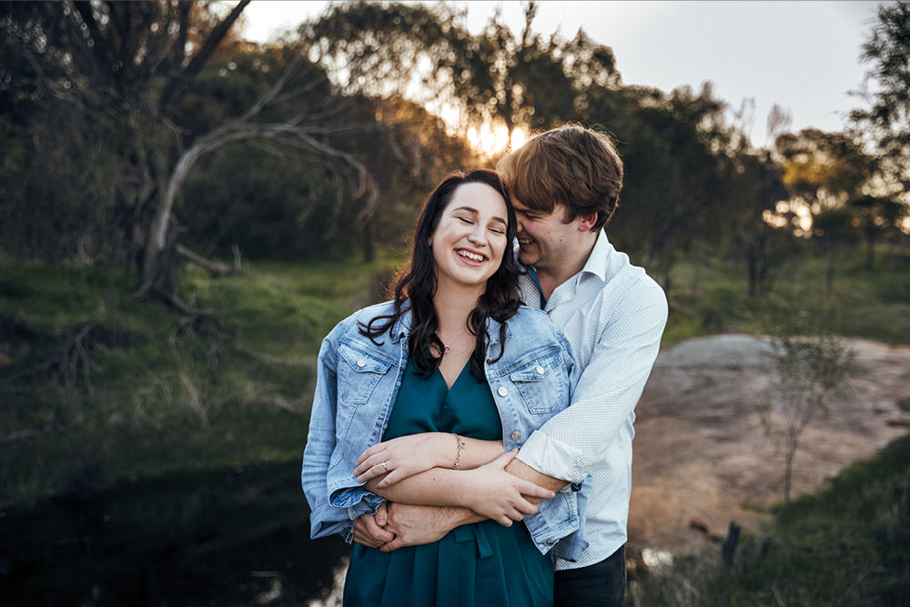 perth-country-farm-portraits-natural-candid-engagement9