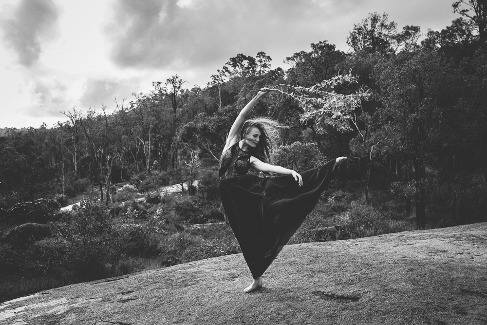 ballet-dancer-australia-nature-bush-photography-1-4