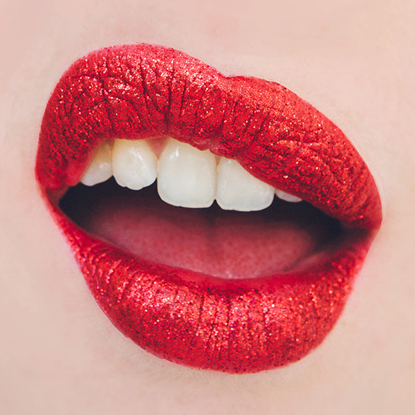 lips-rubyredglitter-001