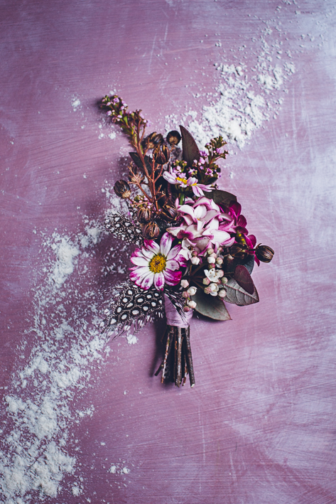 weareallstardust-buttonhole-wedding-theme-inspo-8